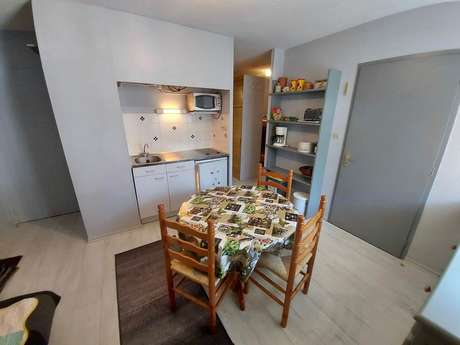 Appartement 4 personnes à Ax Les thermes Résidence le Bristol n°11 - Réf 0010 - DANEL