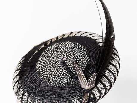 Autour du chapeau et des métiers du sur-mesure, exposition concours « Noir et blanc graphique »