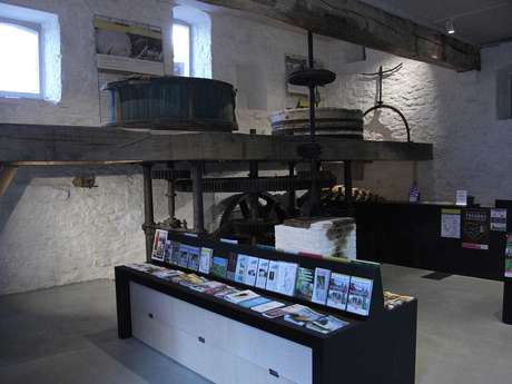 Maison du Tourisme Terres-de-Meuse - Antenne Hesbaye