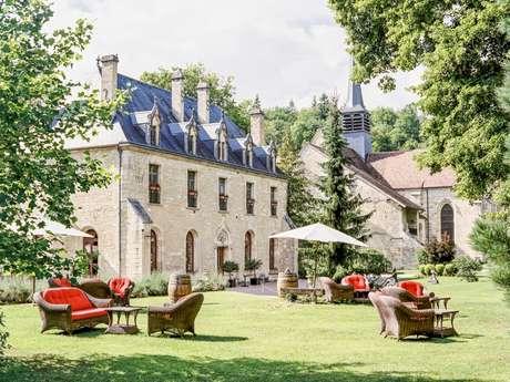 Hôtel-Restaurant Abbaye de la Bussière-sur-Ouche