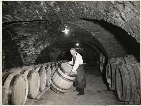 Visite guidée des anciennes caves de l'Hôtel Dieu de Beaune
