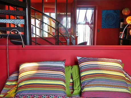 Barbary Lane House Rental Lounge
