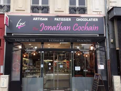 Chez lux by Jonathan Cochain