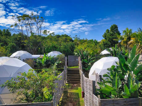Bubble Dome Village Petite Ile