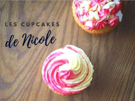 """NICOLE PATISSERIE - """"PARENT - ENFANT"""" - CUP CAKES MULTICOLORES"""
