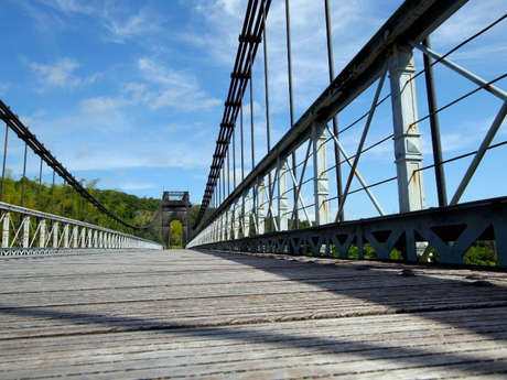 Pont suspendu de la Rivière de l'Est