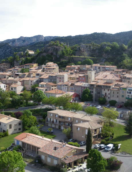 Accompanied tour of the village of Aiguines
