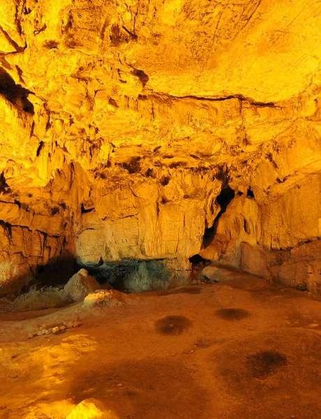 Visite Guidée de la Grotte Préhistorique de la Baume Bonne