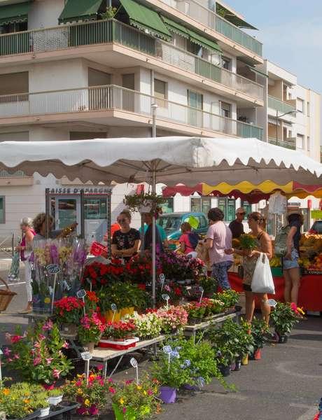 Marché fruits et légumes de Golfe-Juan