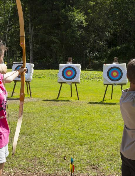 Challenge de tir à l'arc familles et copains