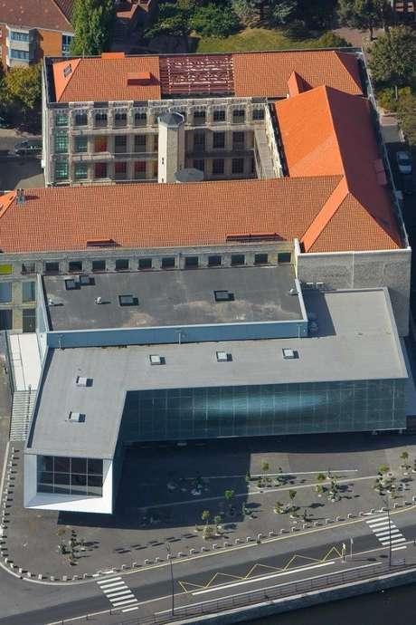 Visite flash : L'architecture industrielle du musée, ancienne fabrique de dentelle réhabilitée