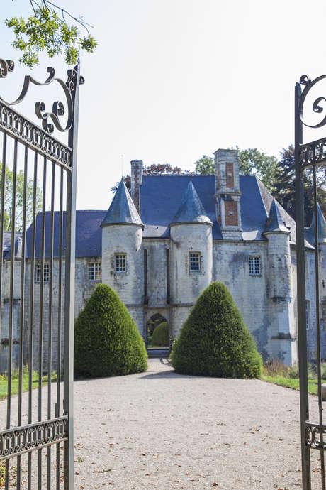 Livret-jeu dans le parc du Château de Créminil