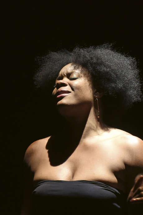 Théâtre : Portrait de Ludmilla en Nina Simone