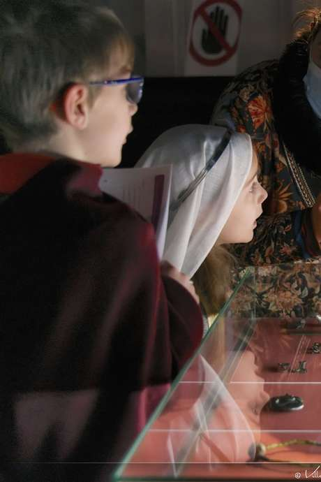 Mons, au temps de Waudru. Itinéraires mérovingiens/ Visite guidée pour individuels