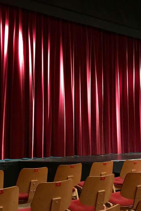 ANNULE Théâtre