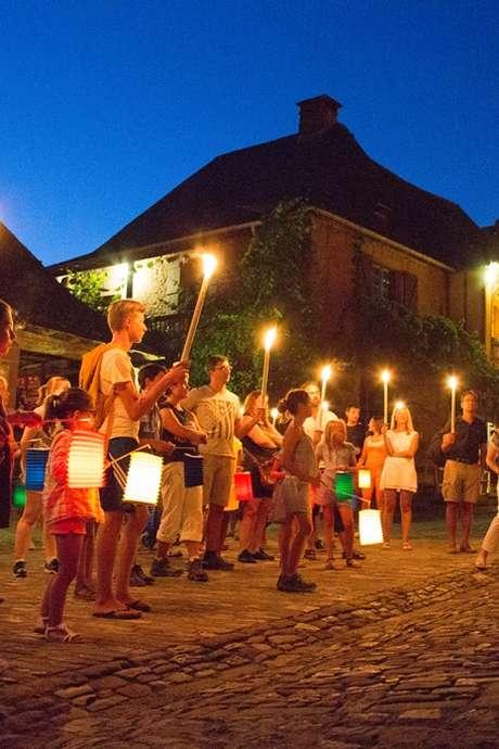 Visite Nocturne aux Flambeaux de Collonges-La-Rouge