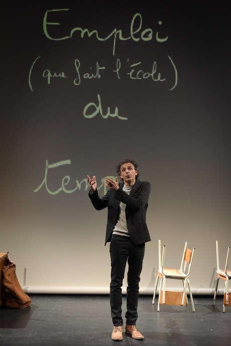 THÉÂTRE - CHAGRIN D'ECOLE