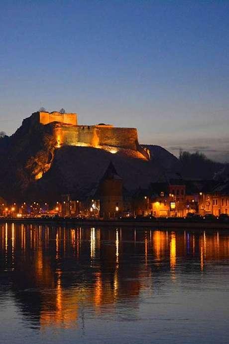 Visite nocturne de Charlemont citadelle de Givet