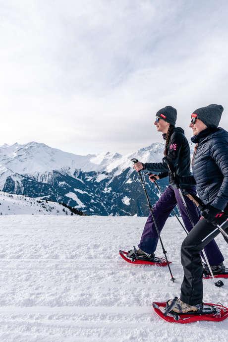 Themed snowshoe trek - trapper's day