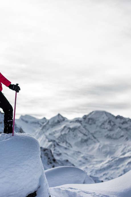 Themed snowshoe trek - Treasure Trail