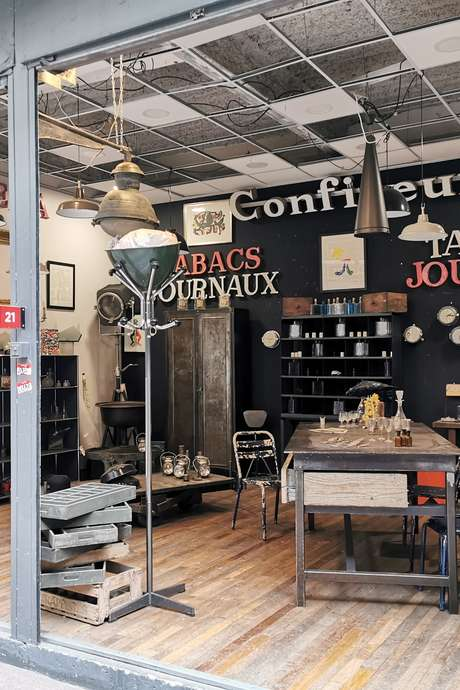 Parcours d'expert au marché Dauphine-Puces de Paris Saint-Ouen - Promenade découverte au marché Dauphine, chiner avec plus d'assurance