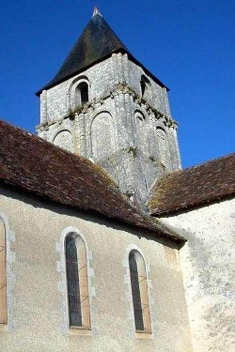 Découvrez l'église romane d'Angles-sur-Anglin