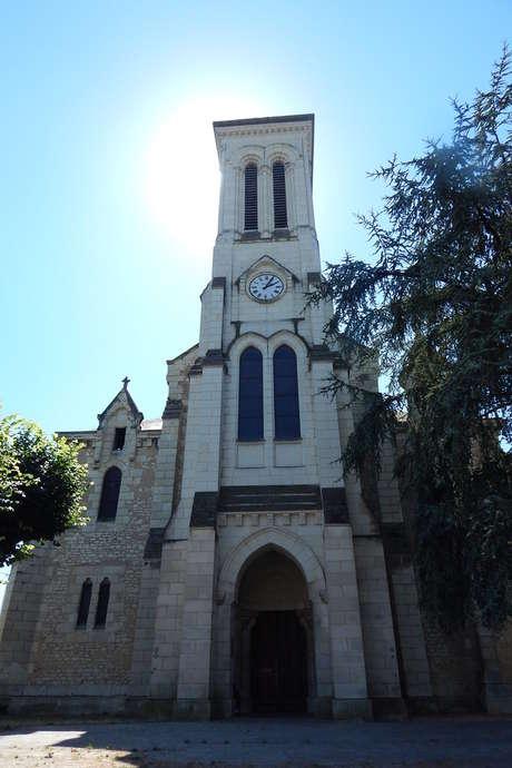 Découverte de l'église et de sa cloche