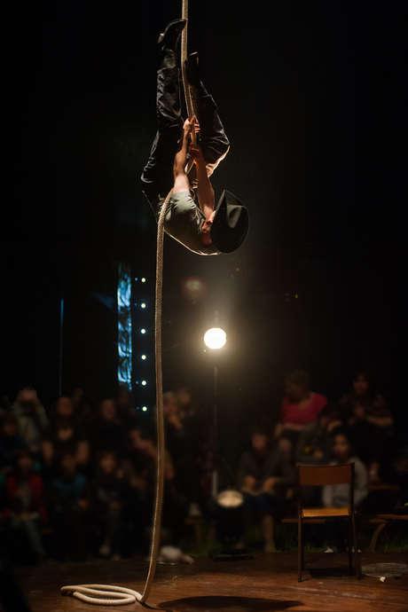 l'Ane et la carotte- Galapiat cirque-Lucho Smit
