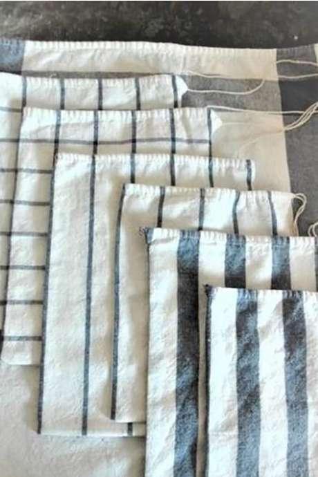 Atelier famille : Fabrication de sacs à vrac en tissus de récupération.