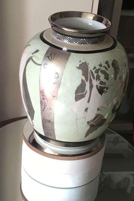 Exposition peinture sur porcelaine