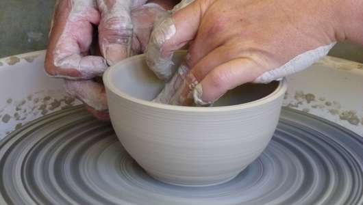 Initiation au tour du potier