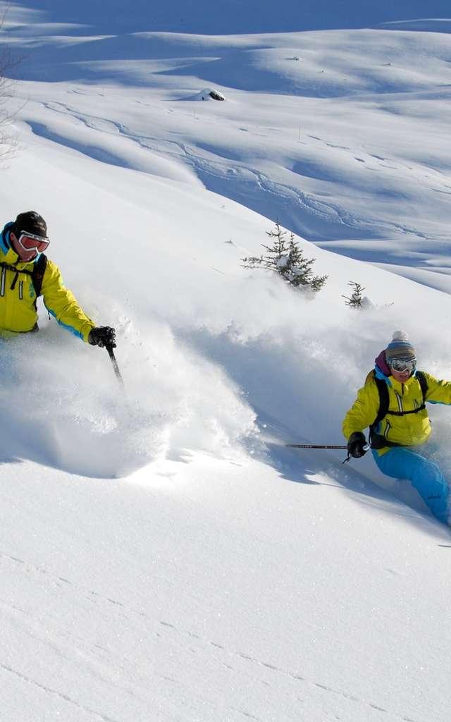 Heli-Skiing im Kollektiv oder privat mit Adrenalin