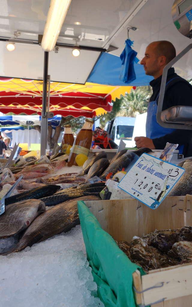 Le marché de l'Ayguade