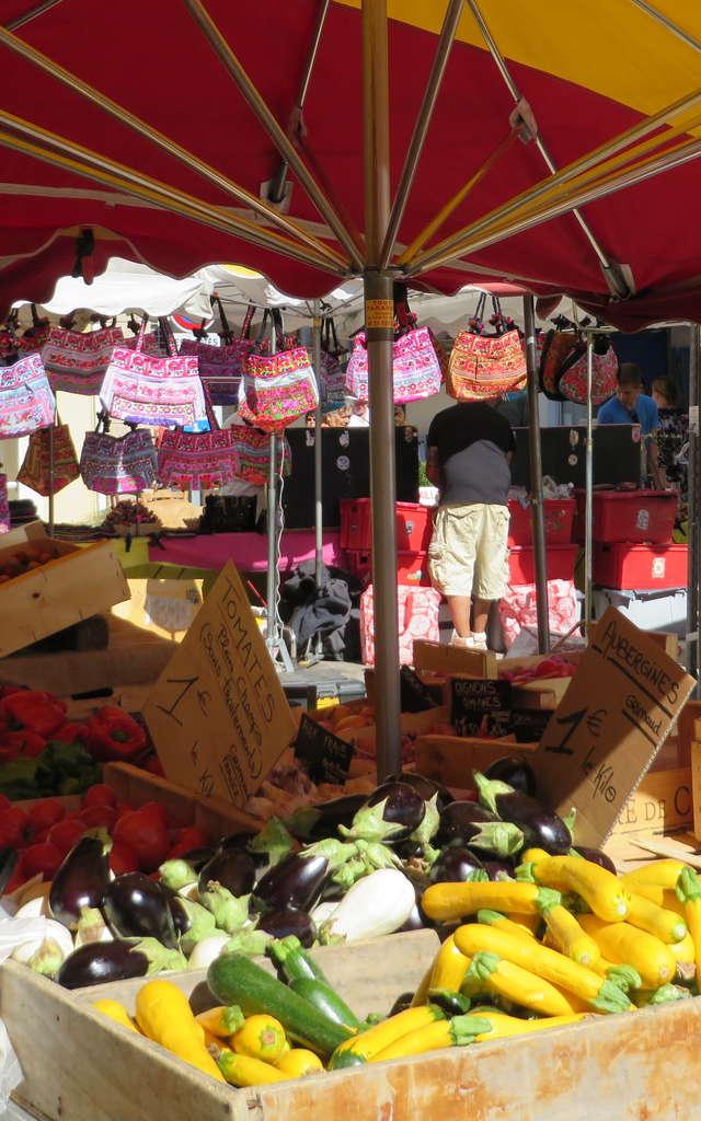 Marché Provençal hebdomadaire