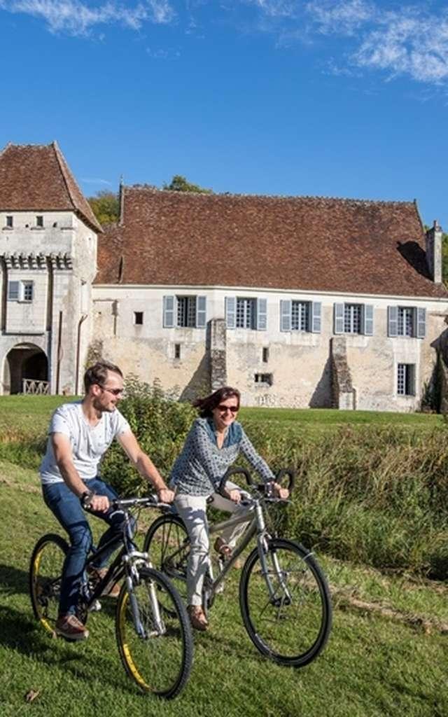 Château-monastère de la Corroirie