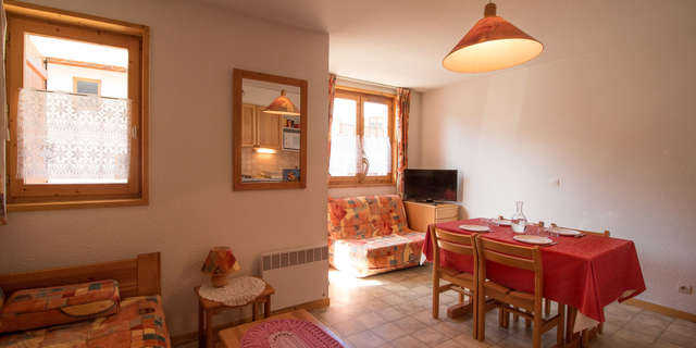 La Combe - Studio 3 people ** - COM213M