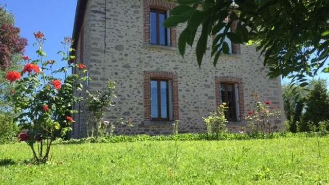 Location Gîtes de France - SAINT AGNANT DE VERSILLAT - 6 personnes - Réf : 23G1320