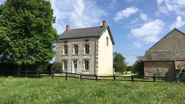 Location Gîtes de France - JARNAGES - 6 personnes - Réf : 23G370