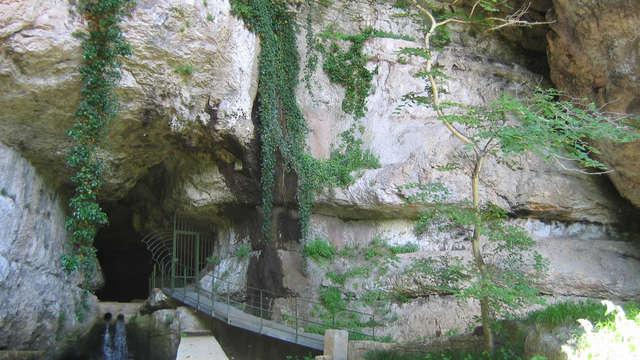 Grotte et Rivière d'Ain