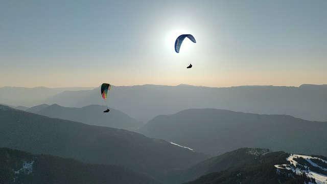 Vols en parapente au coucher du soleil avec Gravity