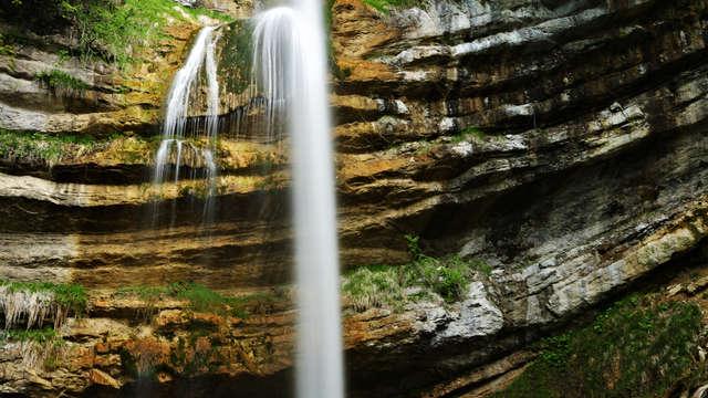 La Cascade de l'Alloix et les chemins d'autrefois