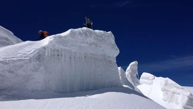 Randonnées glaciaires avec le Bureau des Guides