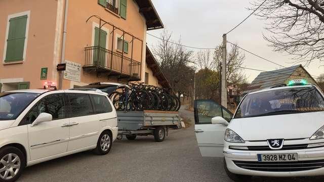 Taxis Ambulances Vaccarezza