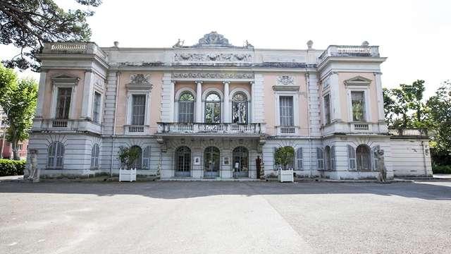 Palazzo Carnolès: Museo delle Belle Arti