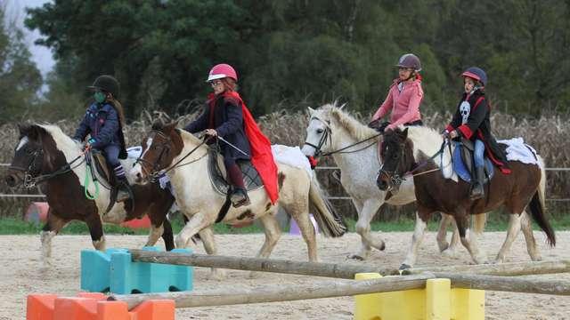 Activités équestres aux Ecuries La Cavalisa