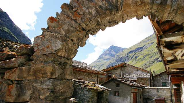 Discover the authentic village of Bonneval sur Arc and its history