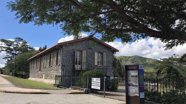 Musée de Bourail (ancien magasin central)