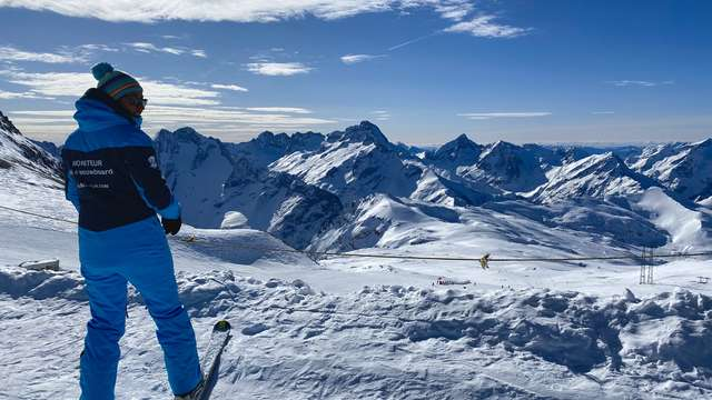 Ski & snowboard lessons - Independent instructor Val2gofun