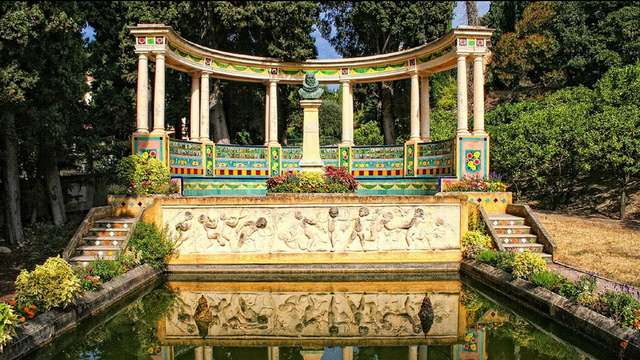 Visita guidata del giardino Fontana rosa