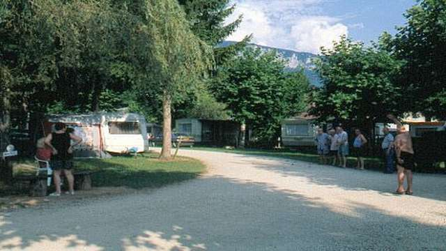 Aire de camping-car l'Arc en ciel